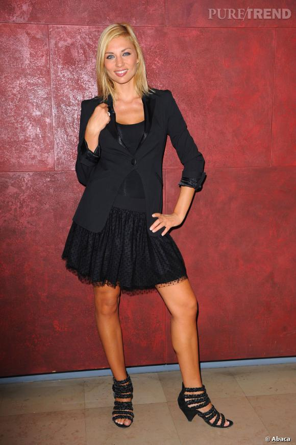 Ariane Brodier en 2009, lors d'une conférence de presse Lagardère Active.