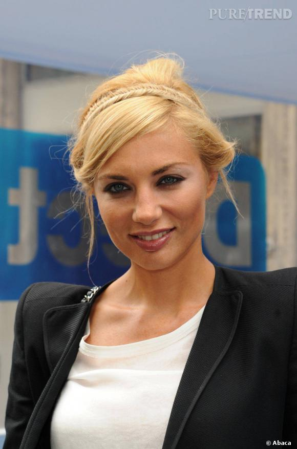 Ariane Brodier lors d'une conférence de presse pour Direct 8.