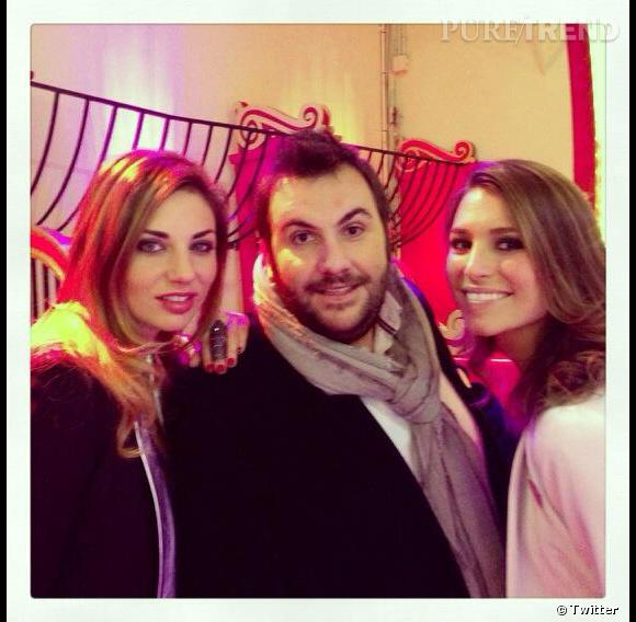 Ariane Brodier est également très active sur Twitter. Elle pose ici avec Laury Thilleman et Laurent Ournac.