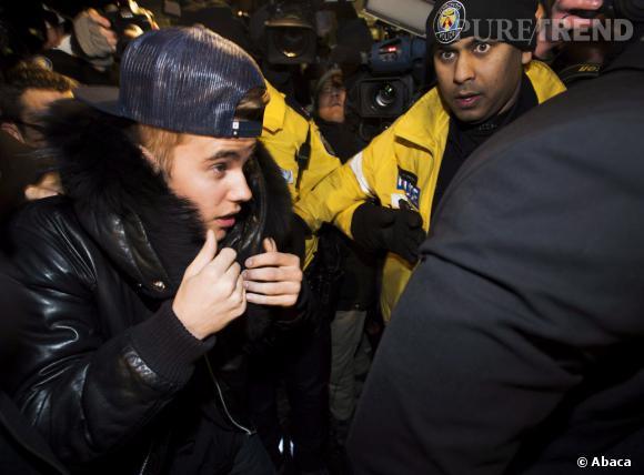 Justin Bieber se rend au commissariat de Toronto.