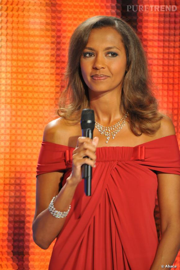 """Karine Le Marchand l'a confié à Daphné Burki, samedi 11 mars 2014, lors de l'émission """"Le Tube"""": elle prépare un one woman show !"""