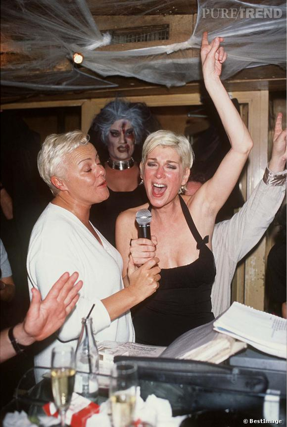 Mich le laroque se d cha ne avec muriel robin en 1998 for Muriel robin le salon de coiffure