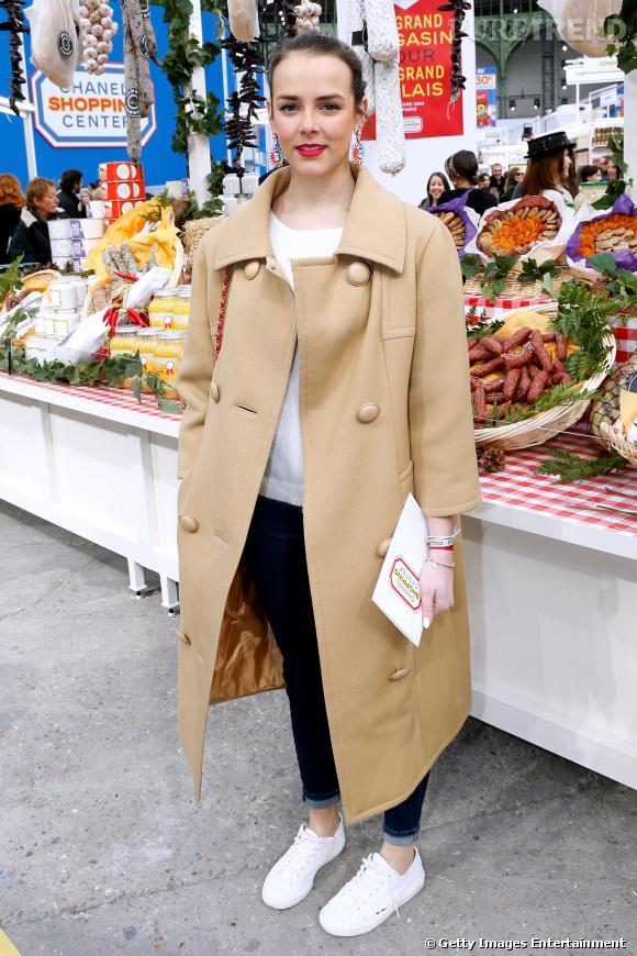 Pauline Ducruet opte pour des tennies en toile pour aller au défilé Chanel Automne-Hiver 2014/2015 à Paris.