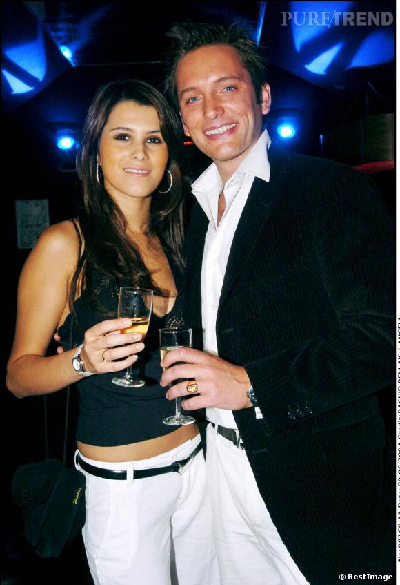 """2004 : Karine Ferri se fait connaître en participant à l'émission """"le bachelor"""" incarné cette année là par Steven."""