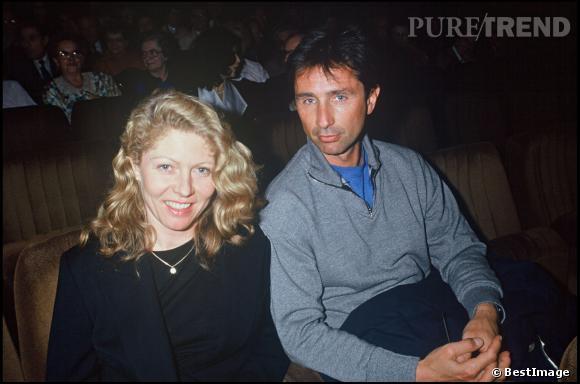 """Thierry Lhermitte et sa femme Hélène à la 200ème représentation de la pièce de théâtre """"Plein Feux"""" en 1992."""