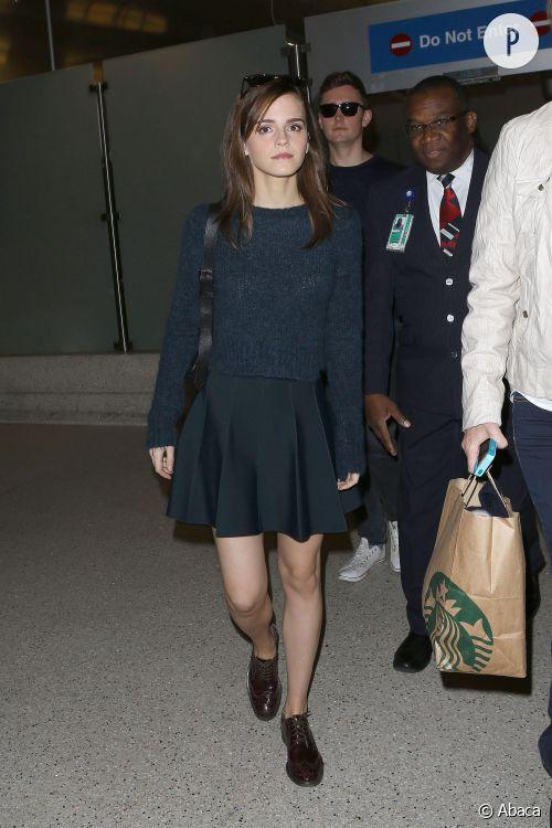 Emma Watson, le preppy qui fait mouche à l'aéroport LAX à Los Angeles, le 18 mars 2014.
