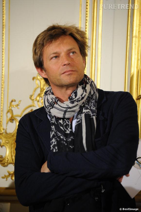 """Laurent Delahousse à la conférence de presse de l'opération """"La Flamme Marie Claire"""" le 16 mai 2013."""