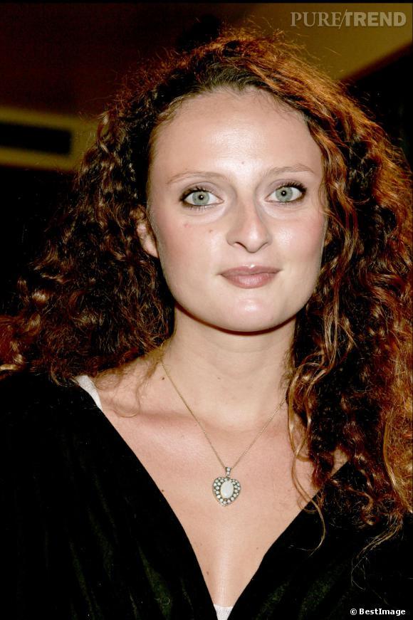 """Aurore Auteuil, une """"fille de"""" sur scène dans """"Sahar et Jérémy""""."""