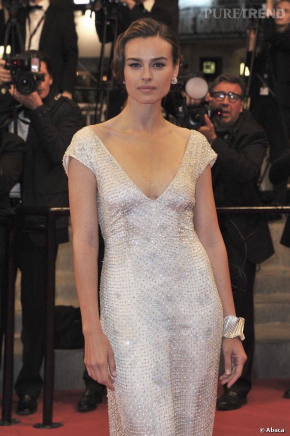 Kasia Smutniak se mue en star hollywoodienne au Festival de Cannes 2012.