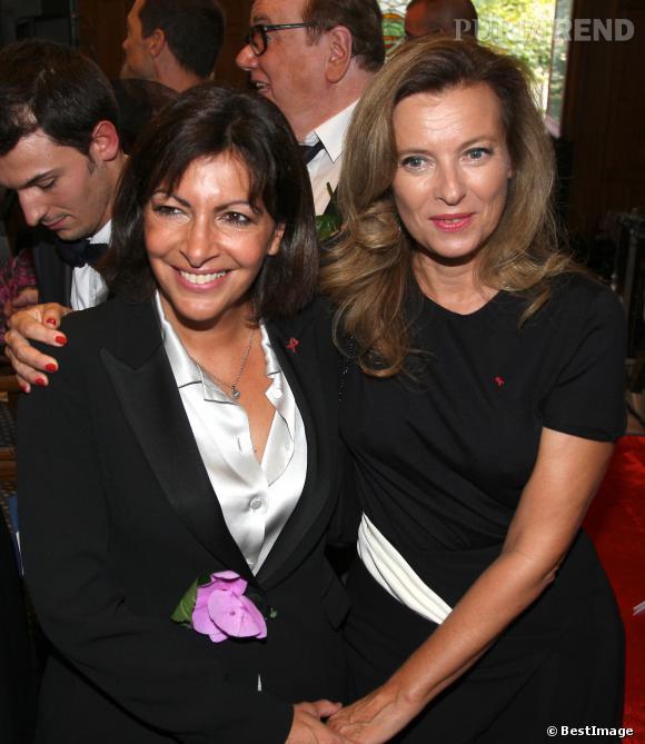 Anne Hidalgo aux côtés de Valérie Trierweiler.