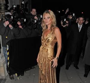 Kate Moss dans une longue robe à la soirée Marc Jacobs en novembre 2012.