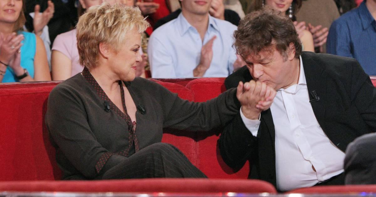Dominique besnehard fait le baisemain son amie muriel for Muriel robin le salon de coiffure