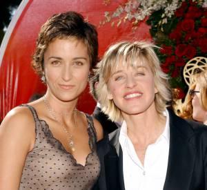 Avant de rencontrer Jodie Foster, Alexandra Hedison était avec la présentatrice améircaine Ellen DeGeneres. Ici, lors de la cérémonie des Emmy Awards de 2004.