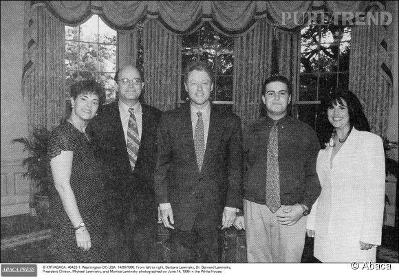Monica Lewinsky, à droite, et Bill Clinton au centre en juin 1994.