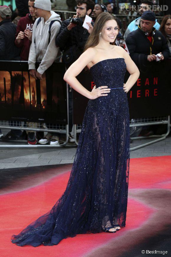 Elizabeth Olsen, sublime en Elie Saab haute couture à l'avant-première de Godzilla à Londres le 11 mai 2014.