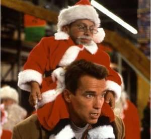 """Arnold Schwarzenegger dans """"La course aux jouets"""". Ok pour les enfants c'est sympa, mais passé 8 ans...  c'est dur."""