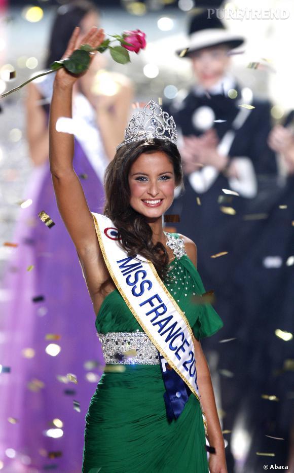 Malika Ménard est Miss France 2010.