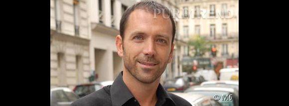 Thibault Chanel, le bel agent immobilier de la chaîne m6.