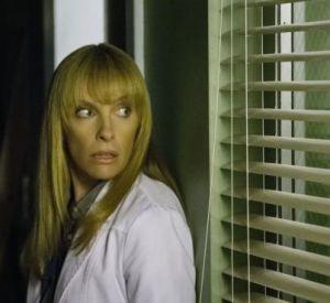 """Toni Collette de retour dans la série télé """"Hostages"""" diffusée ce jeudi 26 juin 2014 sur TF1."""