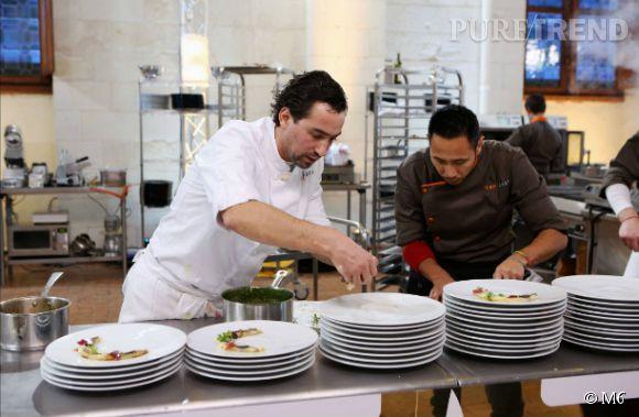 Dans Top Chef, Julien Hagnery cuisinait tout habillé. Aujourd'hui il va devoir se mettre nu sous son tablier !