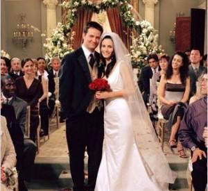 """Chandler et Monica mariés dans Friends se retrouvent dans la saison 5 de """"Cougar Town"""" !"""
