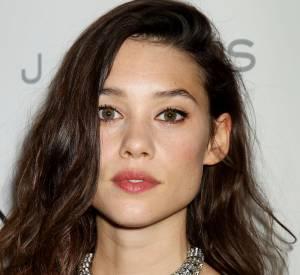 Astrid Bergès-Frisbey, beauté renversante et très lookée à New-York pour l'avant-première de I Origins, le 10 juillet 2014.