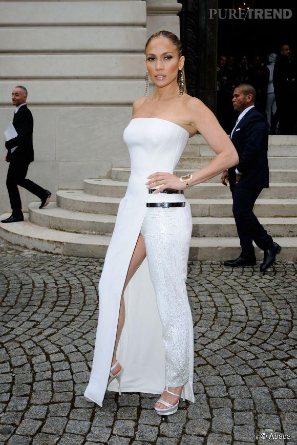Jennifer Lopez en Versace en 2014.