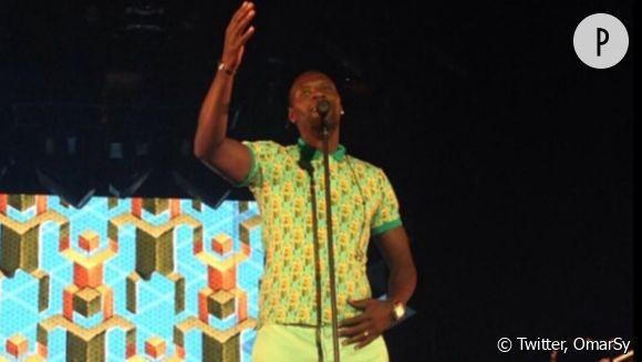 Omar Sy s'est invité au concert de Stromae pour le plus grand plaisir du public à Nîmes, le 24 juillet 2014.