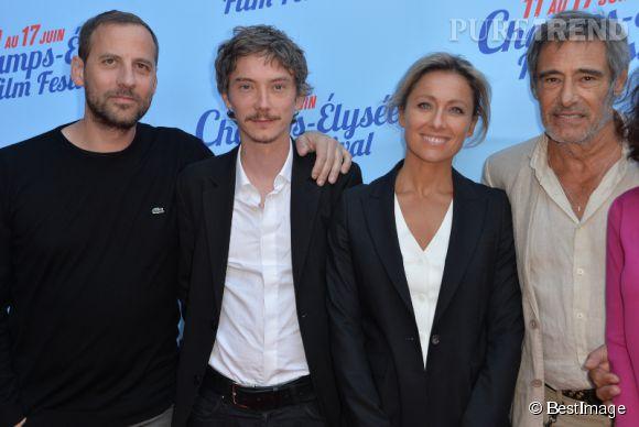 Anne-Sophie Lapix semble heureuse d'avoir pris part à cette nouvelle expérience aux côtés de Gérard Lanvin et de Fred Testot. Ici à l'avant-première du film en juin 2014.