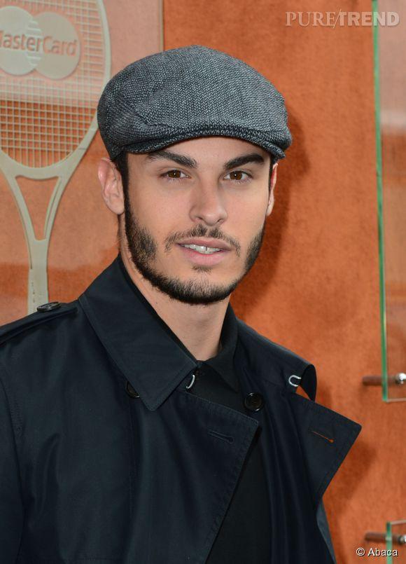 Baptiste Giabiconi, même la casquette lui va bien.