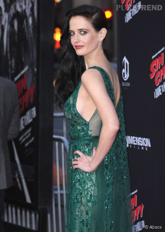 "Eva Green à la première de ""Sin City 2"", renversante."