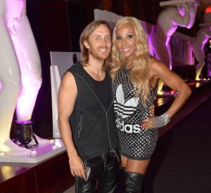 Cathy Guetta confirme dans Paris Match s'être séparée de David.