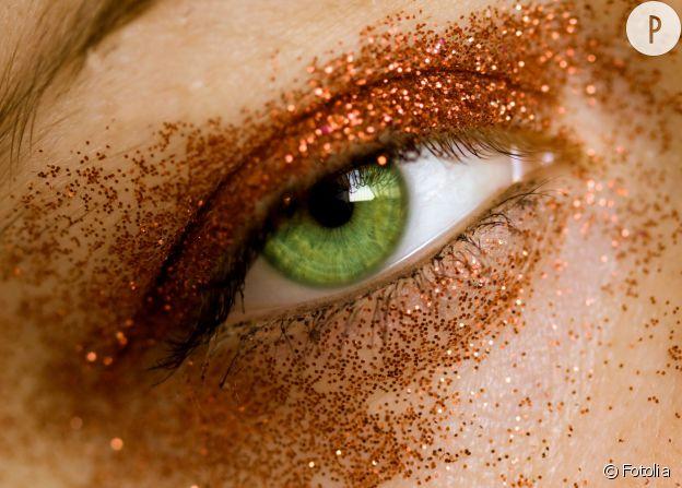 Les paillettes, reines du make-up.