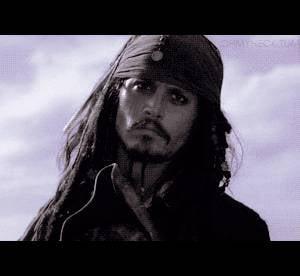 """""""Pirates des Caraïbes"""" : 10 gifs qui prouvent que Jack Sparrow est génial"""
