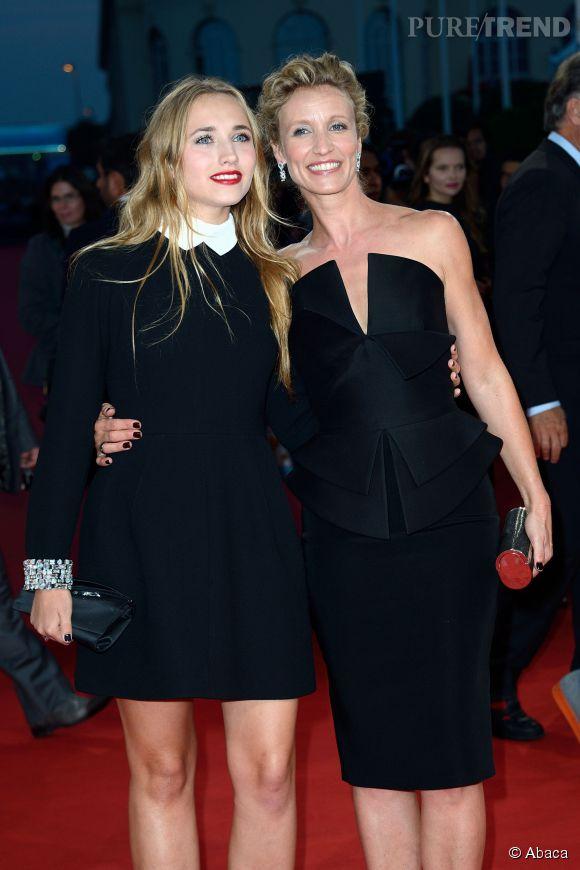 Alexandra Lamy et sa fille Chloé Jouannet éblouissent le tapis rouge du Festival de Deauville les 5 et 6 septembre 2014.