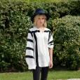 Clémence Poésy à Deauville dans un ensemble black & white chic.