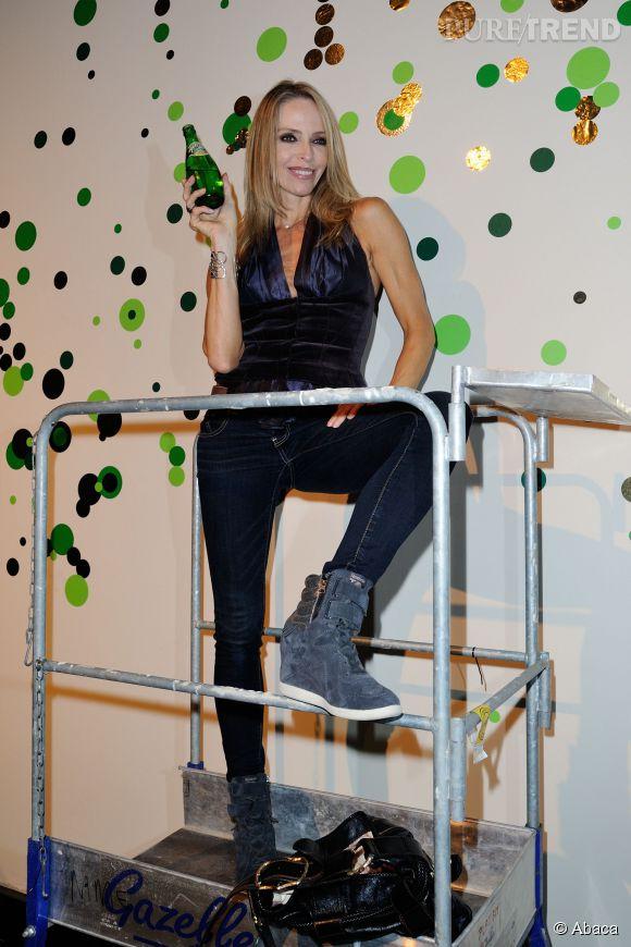 Tonya Kinzinger à la Perrier Street Art Party au Palais de Tokyo le 18 septembre 2014.