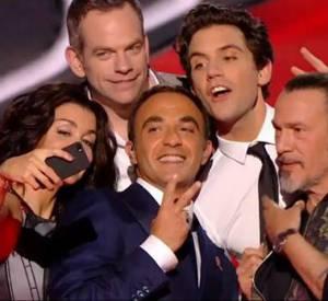 """Entre les coachs de """"The Voice"""", seul Florent Pagny a confirmé sa présence. Qu'en sera-t-il de Jenifer, Garou, Mika ou Louis Bertignac ?"""
