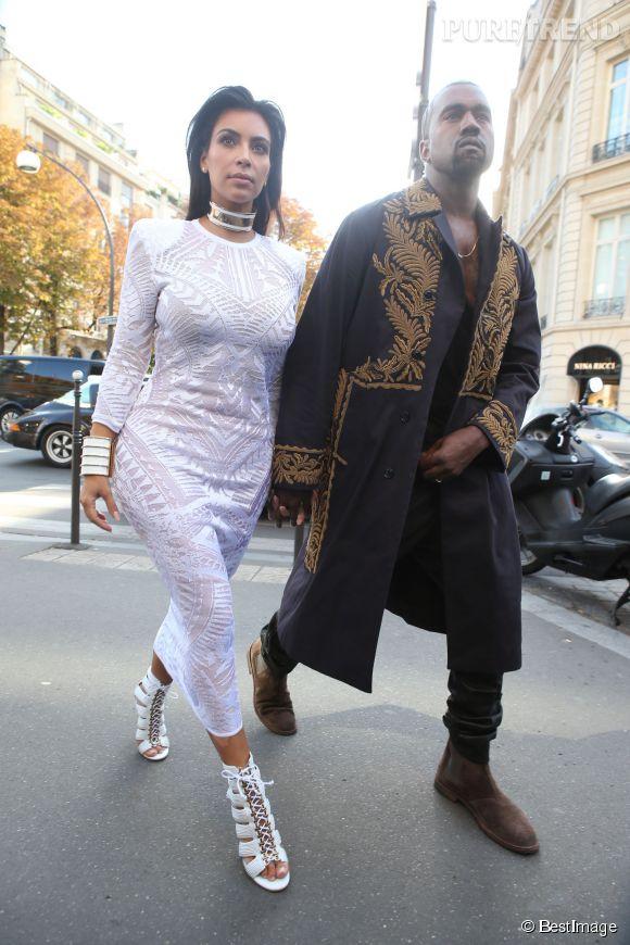 Kim Kardashian et Kanye West, un couple royal à la Fashion Week parisienne.