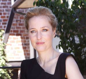 Gillian Anderson a eu une relation avec une femme pendant ses années de lycée.