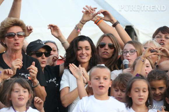 Jenifer soutient l'association La Marie Do à Ajaccio.