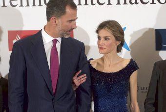 Letizia d'Espagne : somptueuse en robe du soir... Et très amoureuse de son roi !