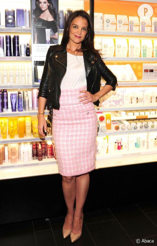 Katie Holmes, un ensemble mode et sexy à New York.
