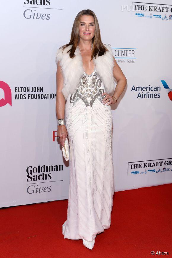 Brooke Shields à la soirée de gala de la fondation contre le sida d'Elton John à New York le 28 octobre 2014.