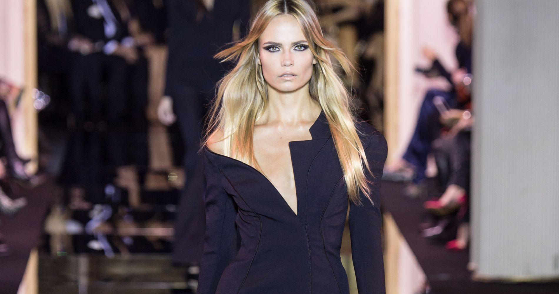 Retrouver tous les défilés Haute Couture