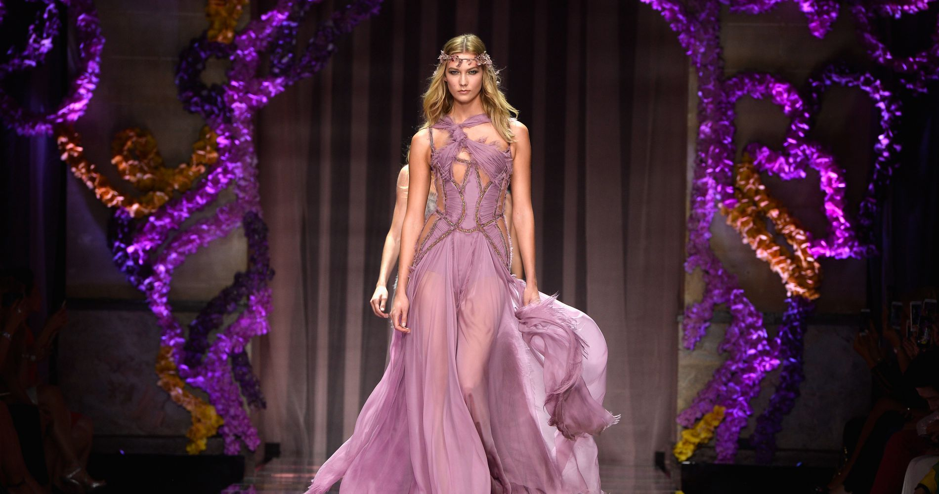 Retrouvez tous les défilés Haute Couture sur Puretrend