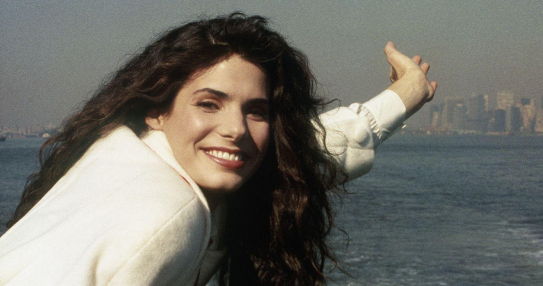 Sandra Bullock : de girl next door à plus belle femme du monde, la métamorphose