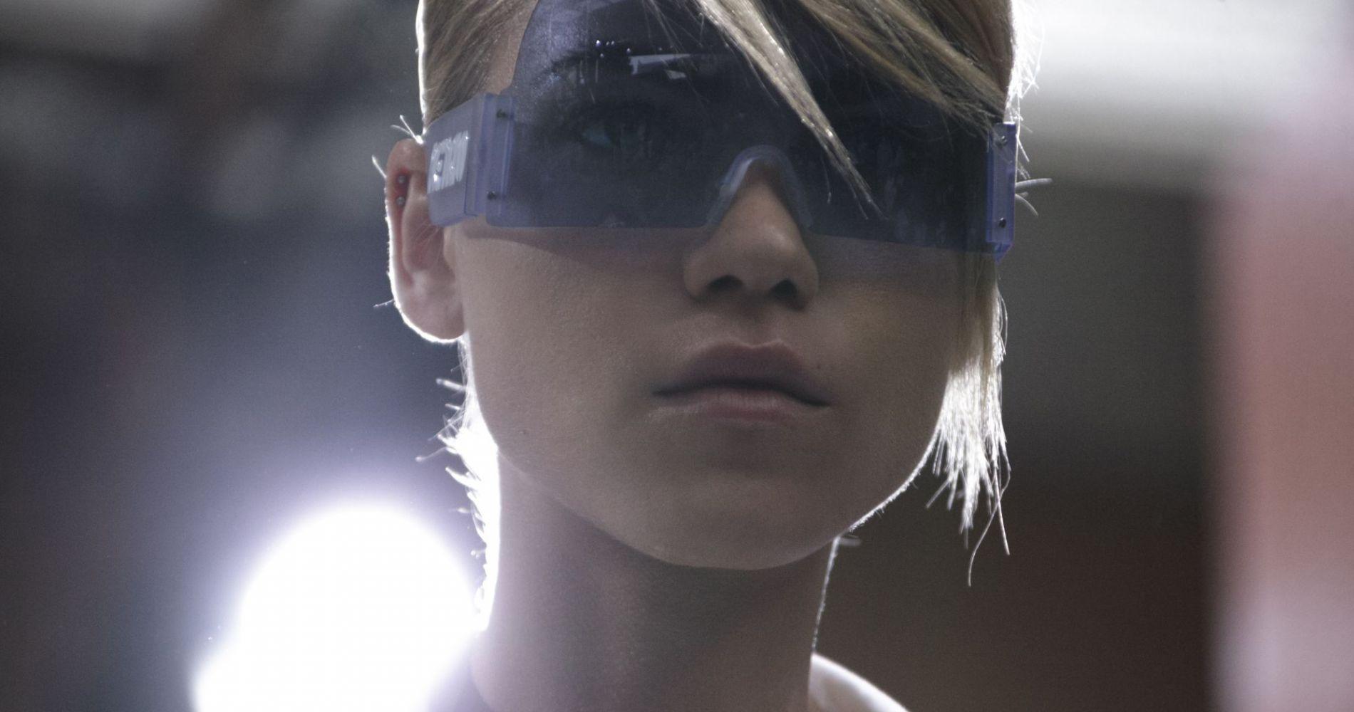 La femme futuriste selon Kenzo
