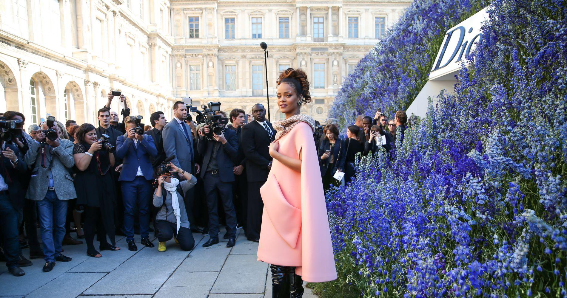Le dôme de 400 000 fleurs, Rihanna... le défilé Dior